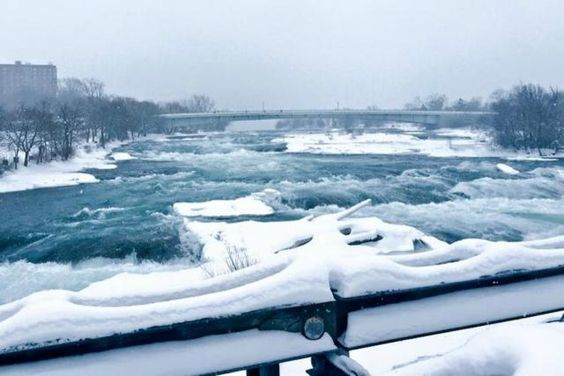 Spectacular Views of Frozen Niagara Falls: Even arctic temperatures can't completely freeze the Falls.