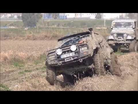 45 Jeep Grand Cherokee 5 9 V8 38 5 Boggers Dana60 Dana 44 Offroad Youtube