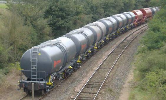 Cameroun : L'Indien Texmaco et le Chinois CRS livrent 75 wagons à la Cameroon Railways, pour 4,2 milliards de FCfa - 24/06/2014 - http://www.camerpost.com/cameroun-lindien-texmaco-et-le-chinois-crs-livrent-75-wagons-a-la-cameroon-railways-pour-42-milliards-de-fcfa-24062014/
