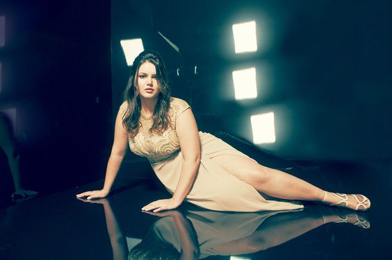 Cléo Fernandes @ Arthur Caliman | Curvy Collection