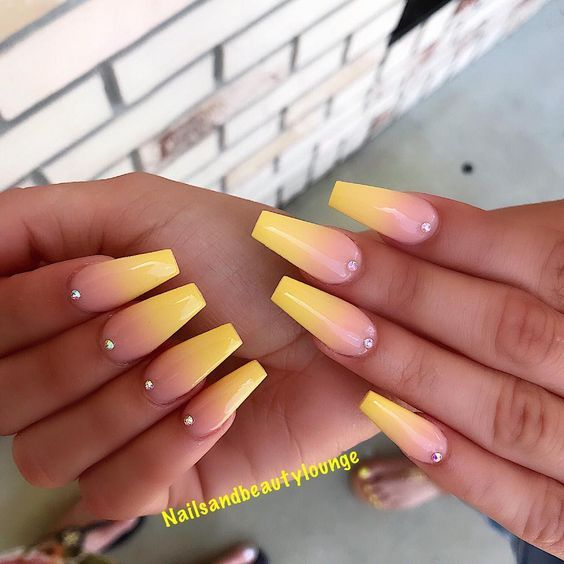 31 Trendy Summer Long Ombre Coffin Nails Ideas Ambre Nails Rhinestone Nails Ombre Nail Designs