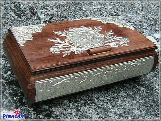 Diy y manualidades and fotos on pinterest - Manualidades con cajas de madera ...