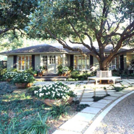 Curb appeal home ideas and ranch style homes on pinterest for Curb appeal ideas for ranch style homes