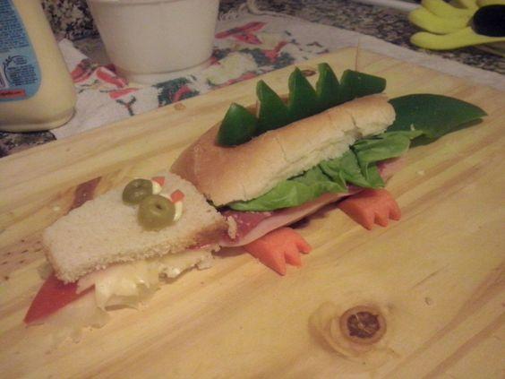 Crocodile sandwinch