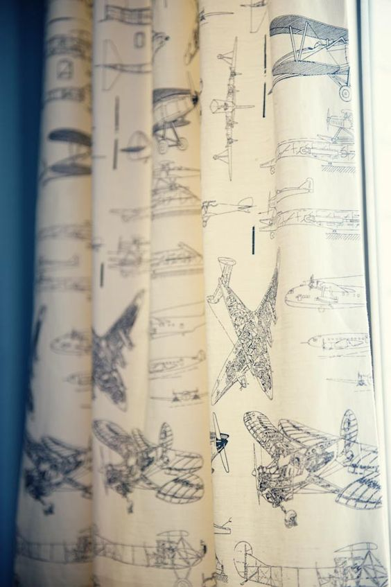 travel-themed curtains