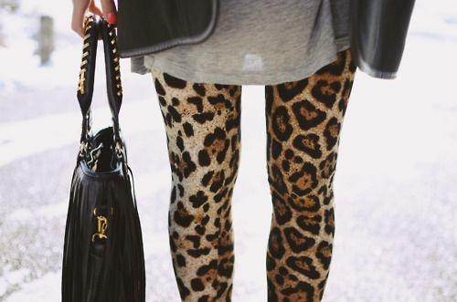 leopard leggings, love her bag