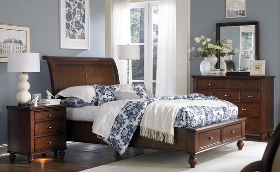 Best Princeton Queen Bed With Storage Drawers Cherry Master 400 x 300