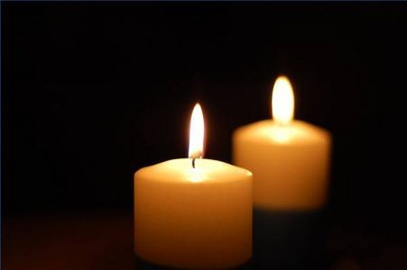 how to fix a candle wick - buried, too short/long, giving off black smoke, etc.