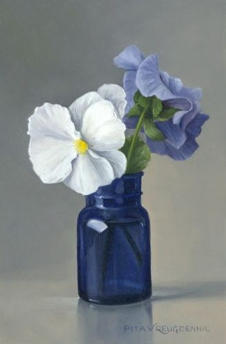 Pita Vreugdenhil b.1945, Dutch - Still life with white pansy in blue bottle || painting