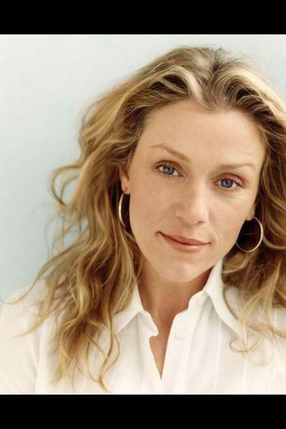 Francis Mcdormand is my most favorite actress ever! She is so incredibly talented & so inspiring to me.