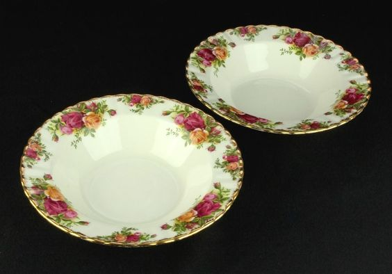 2 Royal Albert Old Country Roses Rimmed Soup / Pasta Bowls 1st Quality VGC