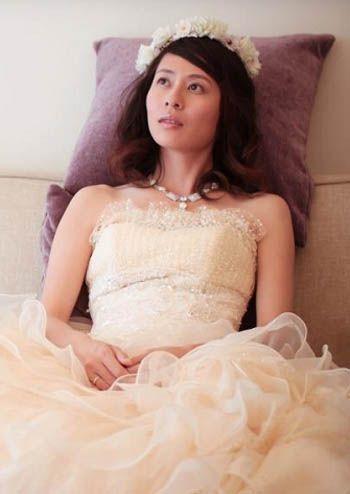 Bridal Hairstyle Amp Yellow Wedding Dress 新娘妝髮造型 Yeah!新娘秘書網 黃色禮服 C04黃色禮服 Pinterest Yellow