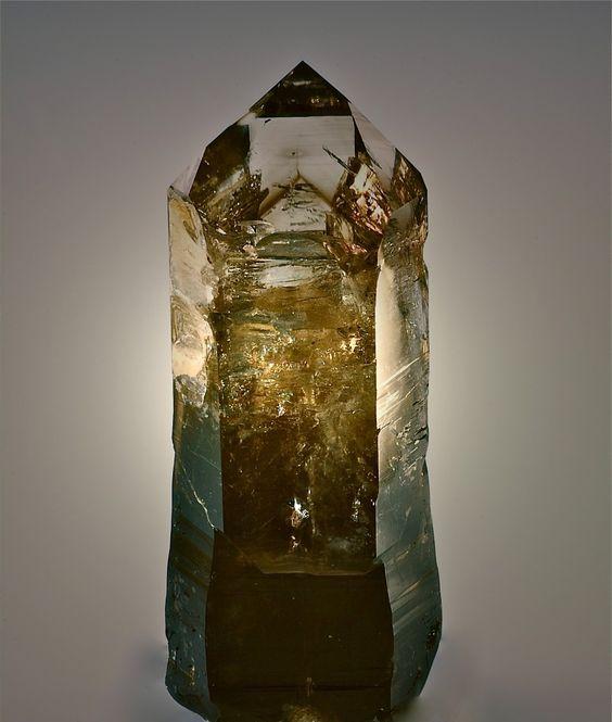 Quartz var.Smoky Sceptre - Hintereggengraben, Pusarnitz, Reißeck group, Hohe Tauern, Carinthia, Austria Size: 7.5 × 2.5 × 2.0 cm
