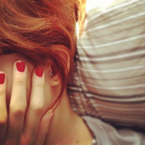 Red hair + Red nails