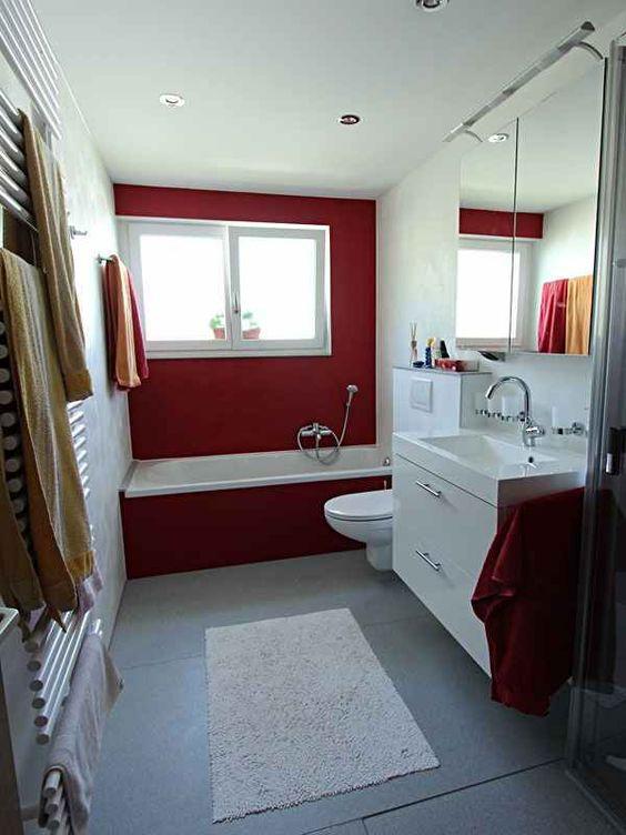 Viterma 24h Bad Renovierung http://www.viterma.com/24h-badrenovierung/ Badewanne neu, Boden MWS wie Duschtasse,Wandpaneele Spachtelt mit farbl. Akzenten,Spanndecke