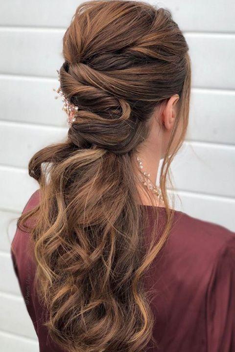 20+ superbes coiffures de bal de promo qui sont totalement
