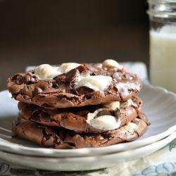Ooey gooey rocky road cookies. Ermahgershh