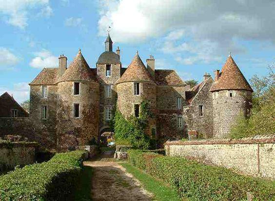 Château de Ratilly - Treigny,  département de l'Yonne, région  Bourgogne *France