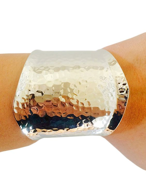 Fitbit Bracelet for Fitbit Flex - LAURA Hammered Silver Cuff Fitbit Bracelet - FREE SHIPPING    FUNKtional Wearables