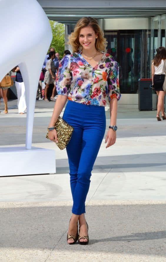 Como Combinar Un Pantalon Azul 20 Looks Ropa De Moda Vestidos Azul Electrico Moda Azul