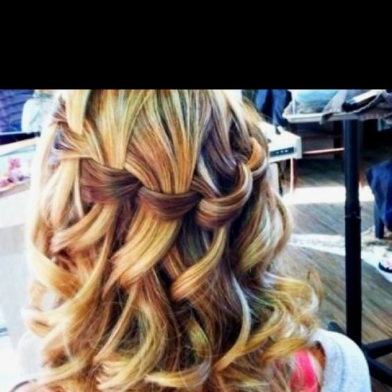 Beautiful! I want my hair to do this.