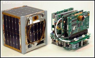 Esto es un Cubesat  o Picosatelite . Más información en aztronomia.com
