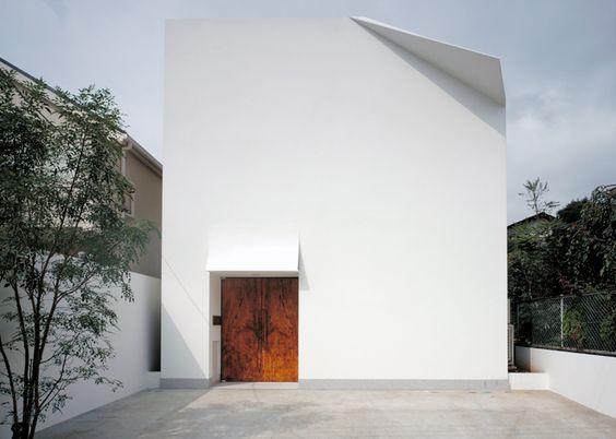 F-House-by-Yukio-Hashimoto_dezeen_ss_1.jpg