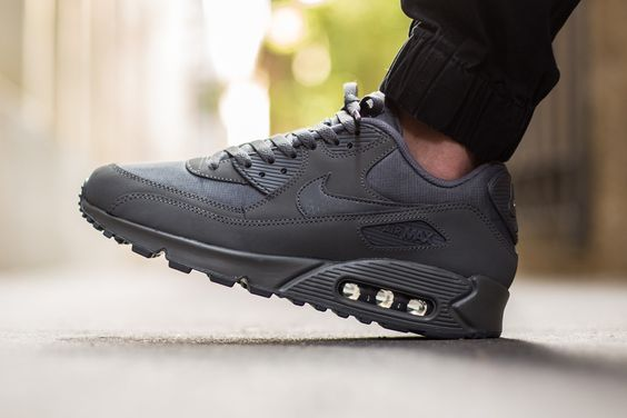 "Nike Air Max 90 Essential ""Dark Grey"""
