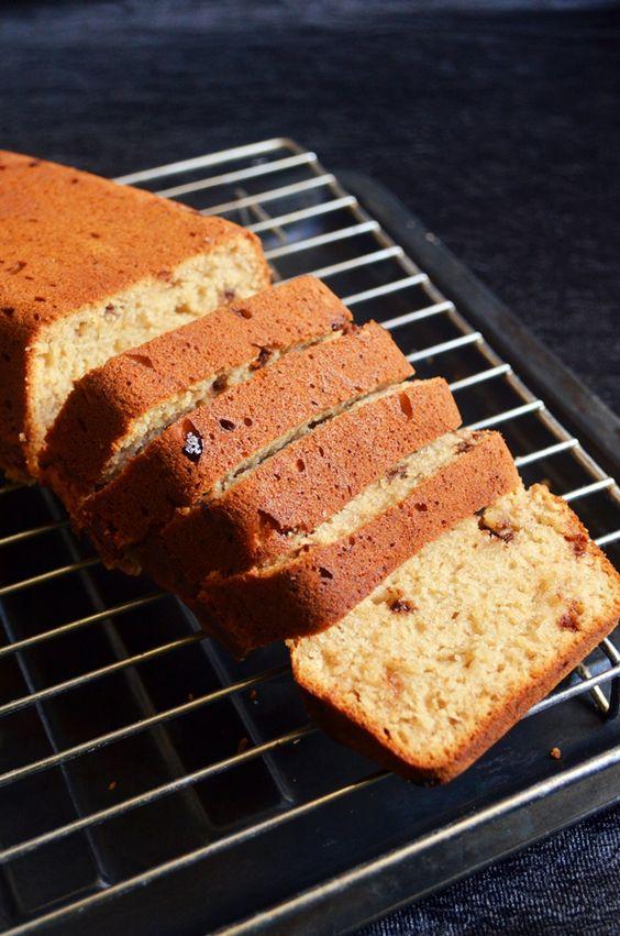 Weekend snacks idea: Eggless quick banana bread/vegan banana bread ...