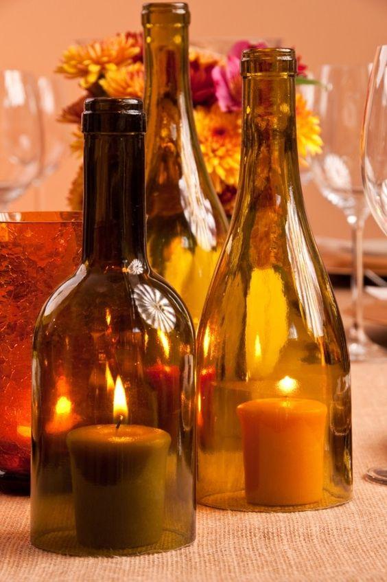 Belle idée de déco avec ces bouteilles en verre, pensez au tri !