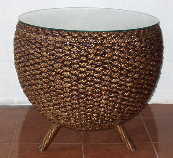 Water Hyacinth Small Round Table