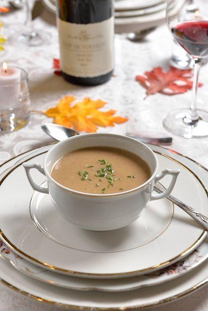 Суп с каштанами и морскими гребешками