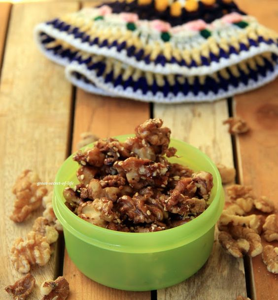 Great-secret-of-life: Honey (sesame) walnut
