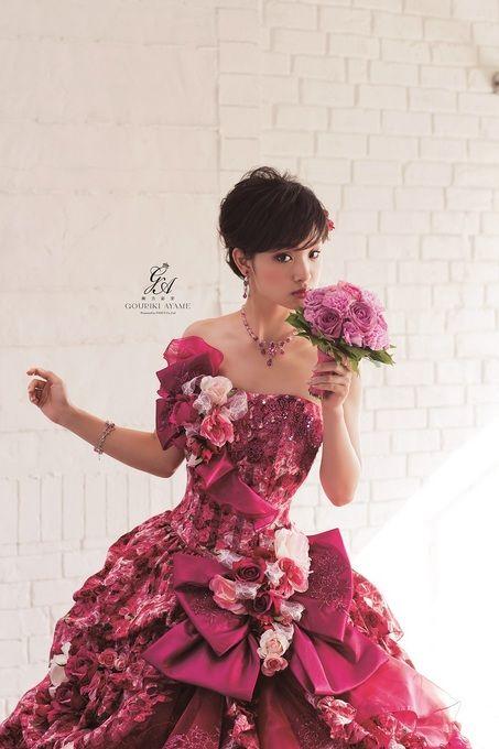 バラドレスの剛力彩芽