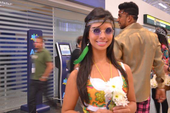 O aeroporto de Viracopos invadido pelo tema da festa Flower Power!