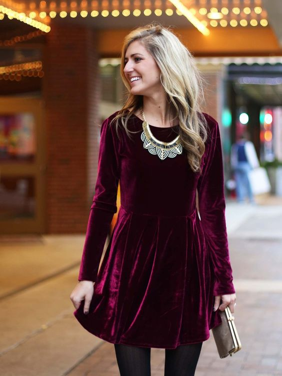 Slip into this velvet dress for any holiday occasion and look absolutely stunning!: