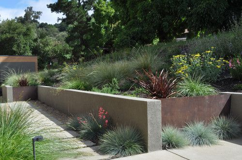 Modern Home Concrete Retaining Walls Design Pictures Remodel Decor And Ideas Modern Landscaping Modern Landscape Design Garden Wall Designs