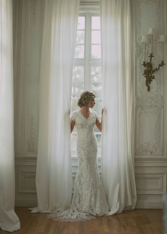 Gorgeous Lace Wedding Dress with Modest Sleeves