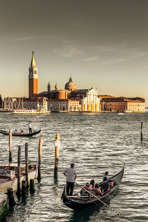 about-epic:  Venice | Source | More