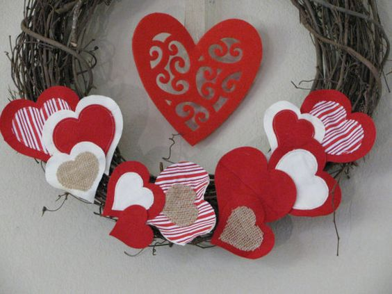 Valentine's Day Heart Wreath with moveable attachments. Design your own look