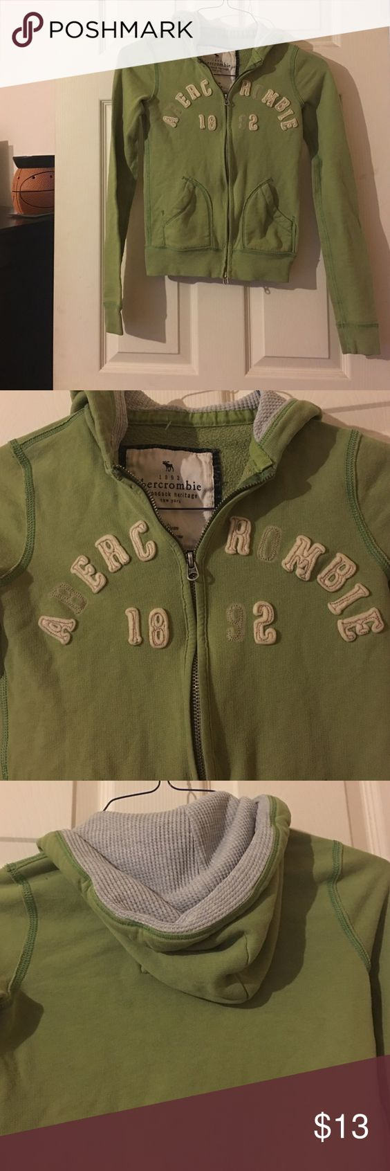 Abercrombie & Fitch hoodie Green Abercrombie & Fitch hoodie, really comfortable for fall! Abercrombie & Fitch Jackets & Coats
