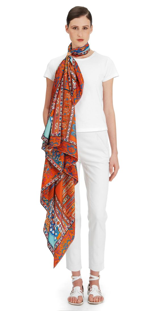 scarf 140 herm s tapis persans la maison des carr s. Black Bedroom Furniture Sets. Home Design Ideas