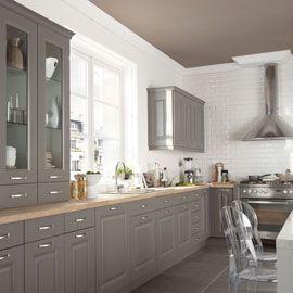 Cuisine gris taupe esprit bistrot http://www.m-habitat.fr/par-pieces/cuisine/cuisine-quel-style-de-deco-choisir-2615_A.