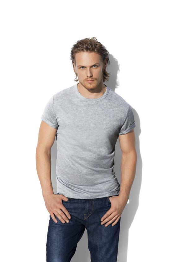 サムヒューアンのtシャツ
