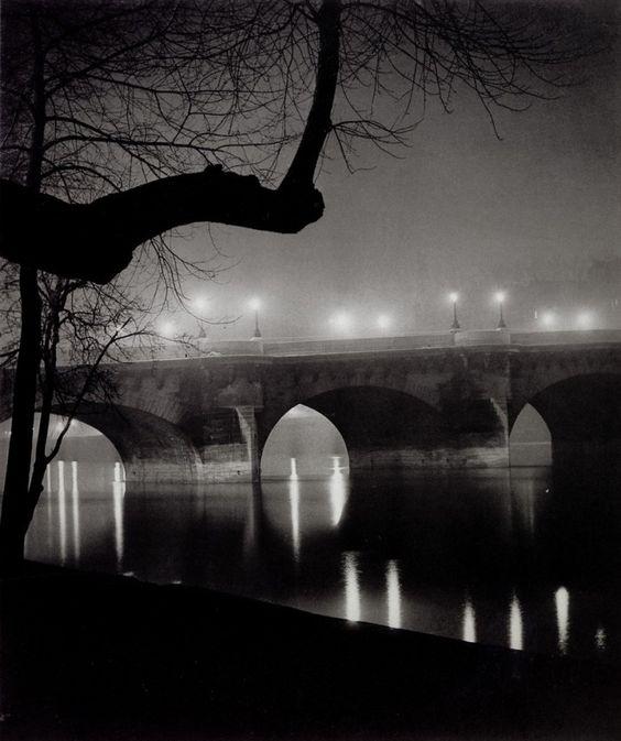 """<p style=""""text-align: justify;"""">Paris a toujours été le point central du travail du photographe Brassaï.</p> <p style=""""text-align: justify;"""">Né en  ..."""