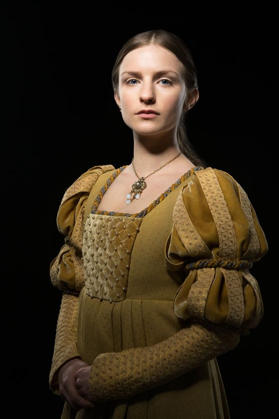 faye marsay as anne neville in the white queen tv series 2013 series costume design by nic. Black Bedroom Furniture Sets. Home Design Ideas