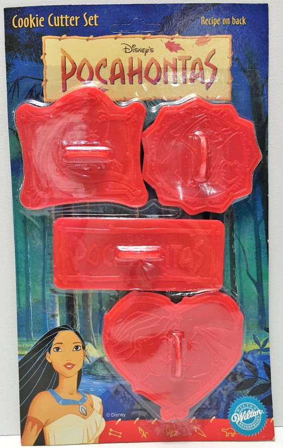 (TAS034048) - Wilton Collectible Disney Pocahontas Cookie Cutter Set - 4 Pack