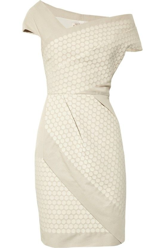 Very nice. I think this structured shape would work well on me. And oh, it's only $696...