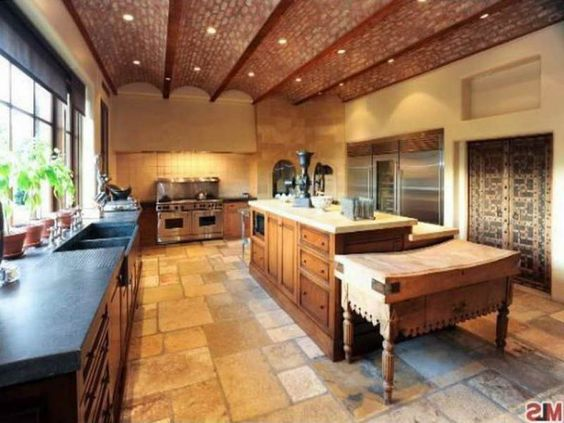 Kitchen , Extraordinary Rustic Italian Kitchens in Small Spaces : Amazing Furniture Of Rustic Italian Kitchen Idea