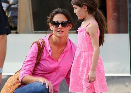 Incidente stradale per Katie Holmes e la figlia Suri Cruise